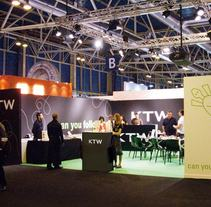 Stands KTW. A Design, Advertising, Installations, and Photograph project by Miguel Moreno         - 08.11.2010
