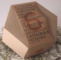 hexovo. Un proyecto de Diseño y Fotografía de Salvador Bru - 23-12-2010