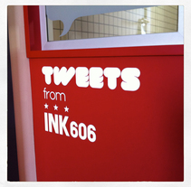 Tweets from INK 606. A Design&Installations project by Gloria  Joven  - 07-06-2011