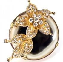 Serie anillos Geisha. Um projeto de Design de Ludmila Navarro         - 20.08.2012