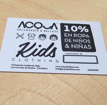Tarjeta de descuento en ropa de niños para ACQUA | Peluquería & Belleza. Un proyecto de Diseño de María Caballer          - 13.11.2013