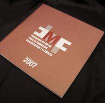 Memoria Anual FMF. A Design project by Diseño Gráfico y Arte Final - Dec 02 2013 12:00 AM