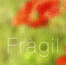 Photobook. Fràgil. Un proyecto de Fotografía de david  lasheras  - 08-01-2014
