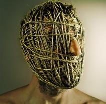 Enmascarados. Un proyecto de Fotografía de Samuel Domingo - Domingo, 02 de febrero de 2014 00:00:00 +0100