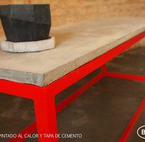 Mesas en Concreto -  Bara Diseño - ARG. Un proyecto de Diseño, Diseño de complementos, Arquitectura, Artesanía, Diseño de muebles, Arquitectura interior y Diseño de interiores de baradesign - 02-06-2014