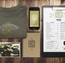 Tambucho Seafood & Oyster House. Un proyecto de Br, ing e Identidad, Dirección de arte, Diseño gráfico, Diseño Web y Fotografía de le  dezign - Jueves, 10 de julio de 2014 00:00:00 +0200