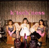 Kitschiness Spot. Un proyecto de Cine, vídeo, televisión, Dirección de arte y Post-producción de Holy Hole Studio         - 14.10.2014