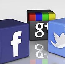 Aplicaciones para redes sociales. A 3D, and Animation project by Xevi Torroella Mora         - 08.08.2013