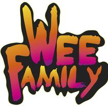 Una foto de familia en el laboratorio de Wee. Um projeto de Ilustração, Motion Graphics, Animação, Br, ing e Identidade, Design de personagens e Vídeo de wee         - 27.02.2015