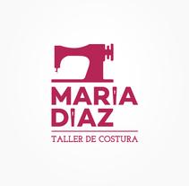María Díaz || Taller de costura. A Br, ing, Identit, Graphic Design, and Web Design project by Rafael Melón         - 31.08.2013