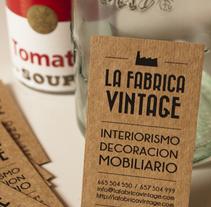 ::: La Fábrica Vintage ::: Logotipo, tarjeta, papelería, web. / Logotype, card, stationery, web.. Un proyecto de Br, ing e Identidad, Diseño gráfico y Diseño Web de Sara pdf         - 31.05.2013