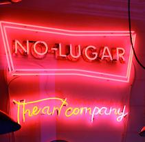 No-lugar The Art Company. . Un proyecto de Br e ing e Identidad de Miguel Ferrera García - 26-10-2015