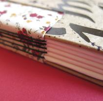 Encuadernacíon artesanal. A Crafts project by Joana Velozo         - 10.12.2015