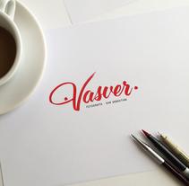 Logotipo Vasver Fotografía San Sebastián. A Design, Photograph, Art Direction, Graphic Design, Writing, and Calligraph project by Jose Gil Quílez         - 11.04.2016