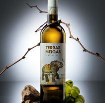Packaging Terras Meigas. Un proyecto de Diseño, Ilustración, Packaging y Diseño de producto de Cristina de Blas Dilla         - 12.04.2016