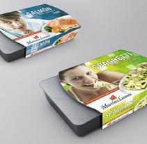 Martinez Loriente packaging. Um projeto de Packaging de Jose Ribelles         - 13.04.2016