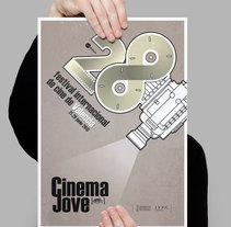 CinemaJove 2013. A Graphic Design project by Jose Ribelles         - 13.04.2016