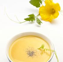 Crema y flor de calabaza. Um projeto de Fotografia e Culinária de Facto Foto         - 10.08.2016