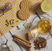 Fotografía de producto. Té de limón y canela y té de manzana y cardamomo. Um projeto de Fotografia de Ana Tardáguila Llorente         - 26.10.2016