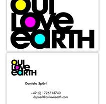 Tarjeta - Oui Love Earth. Un proyecto de Br e ing e Identidad de Marcelo Bordas         - 29.10.2012
