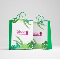 Diseño Gráfico Bolsas de Papel. Um projeto de Design, Ilustração, Design gráfico, Packaging e Design de produtos de Angela Maria Lopez - 01-01-2016