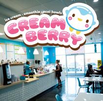 Creamberry Ice Cream Shop Logo. Un proyecto de Br, ing e Identidad, Diseño de personajes, Diseño gráfico e Ilustración vectorial de Squid&Pig  - 28-04-2017