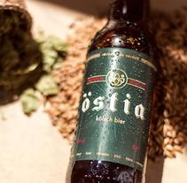 Diseño y comunicación para Östia Beer. A Photograph, Graphic Design, Packaging, and Lettering project by Sara Martí de Veses Bochons - 15-05-2017