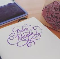 Ex Libris para un regalo de bodas muy especial. Caligrafía de Abelardo García.. A Calligraph, and Lettering project by Abelardo García - 26-08-2017