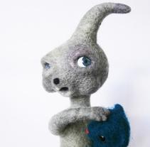 Hortencio, un personaje difícil de definir.. Um projeto de Design, Animação, Design de personagens, Design de brinquedos e Animación de personajes de Carolina Alles         - 15.11.2017